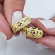 Alianças Cardio em Ouro 18k com Pedra 7mm (Par)
