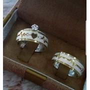 Alianças Cardio em Prata com Aplique Ouro e Pedra 7mm com Rebaixo (Par)