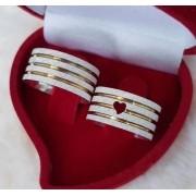 Alianças Love Gold em Prata com Aplique Ouro 10mm (Par)