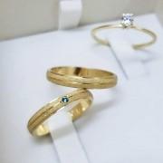 Alianças Tradicionais Diamantadas em Ouro 18k e Pedra 3mm (Par)