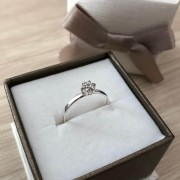 Anel Solitário Flor Cristal em Prata Pedra 4mm 925