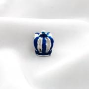 Berloque Coroa Rei Azul Banhado em Prata