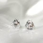 Brinco Coração em Prata 925 (Cristal)