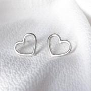 Brinco Coração em Prata 925 Vazado