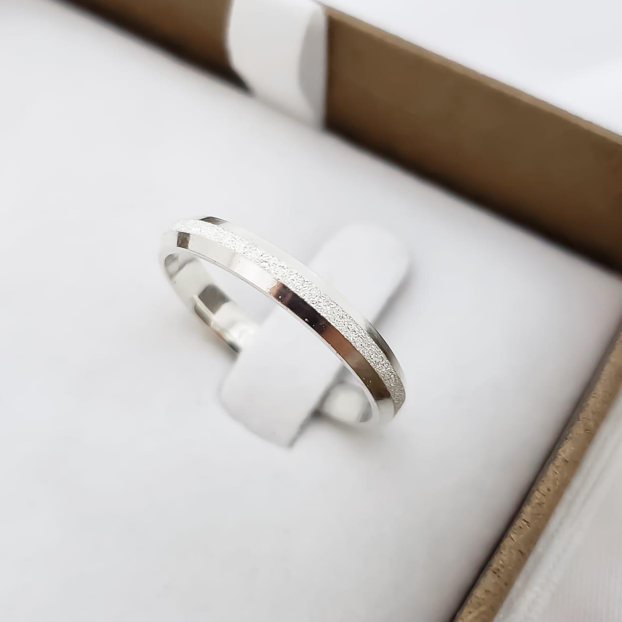 Aliança Elora Diamantada em Prata 3mm (Individual)