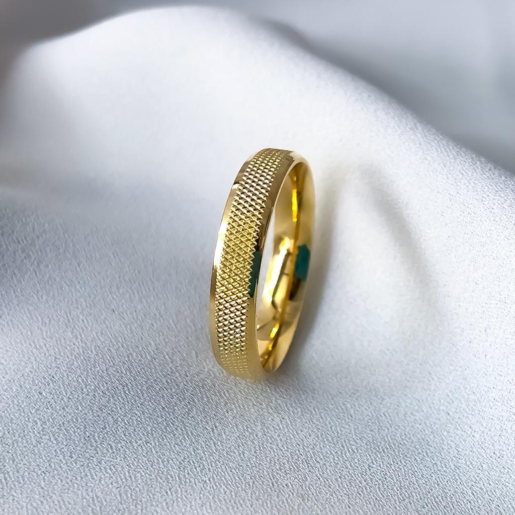 Aliança Nova York Banhada 5mm (Com Pedra)