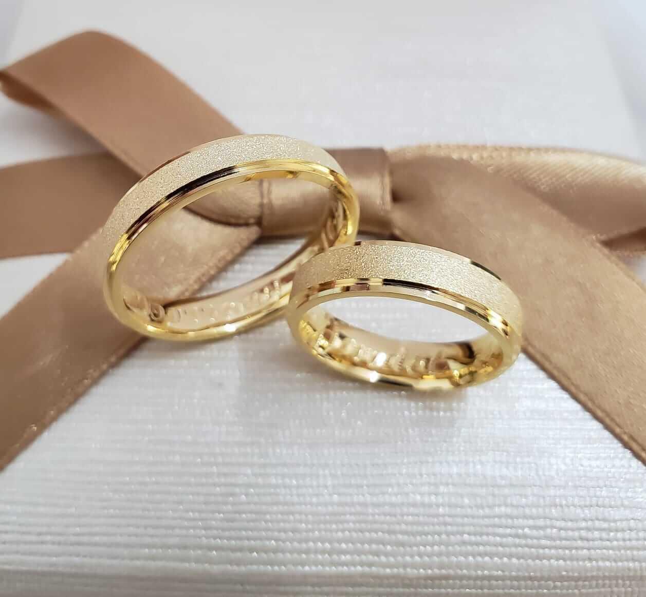 Alianças Sweet Love em Ouro 18k 5mm (Par)
