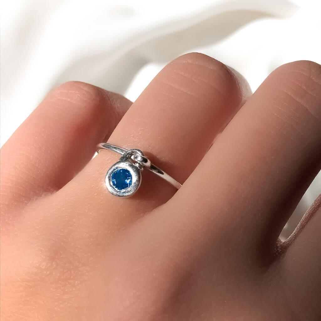 Anel Com Pingente em Prata 925 Azul