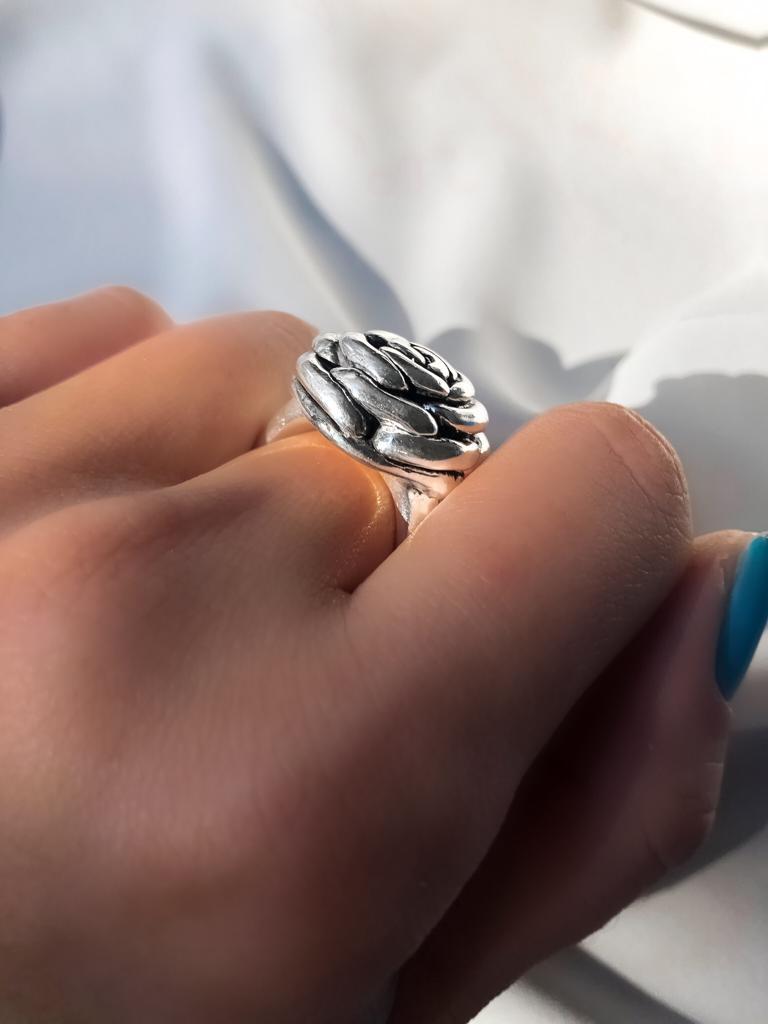 Anel Rosa Aberta em Prata 925 Pequeno