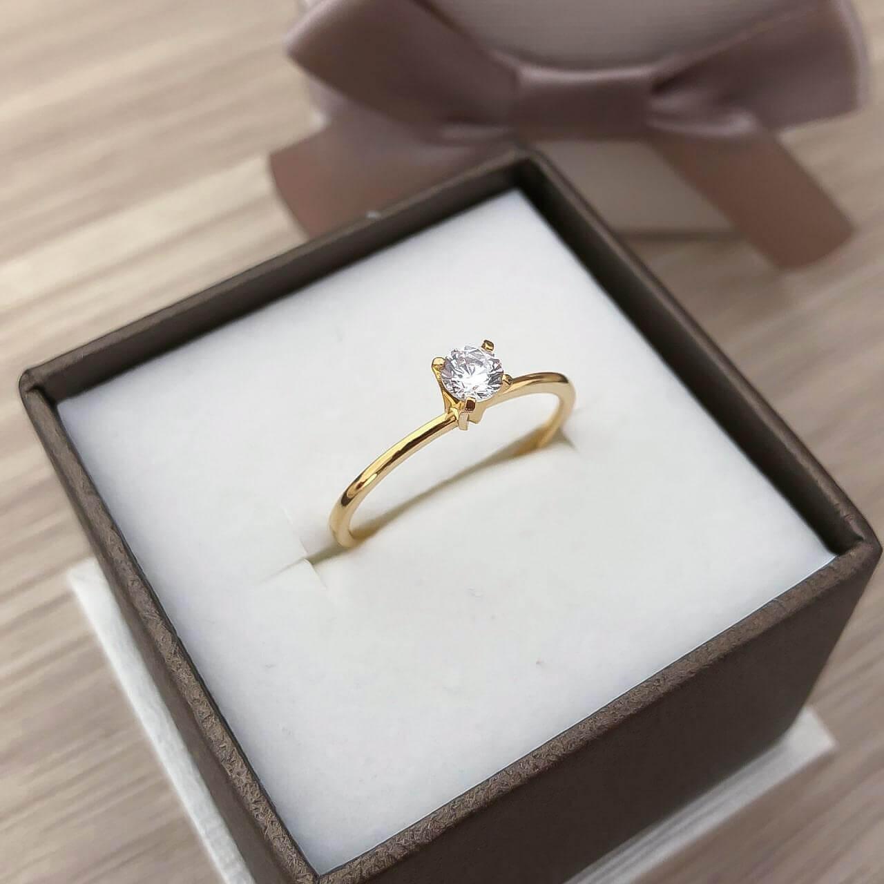 Anel Solitário Lure em Ouro 18k (Pedra alta)