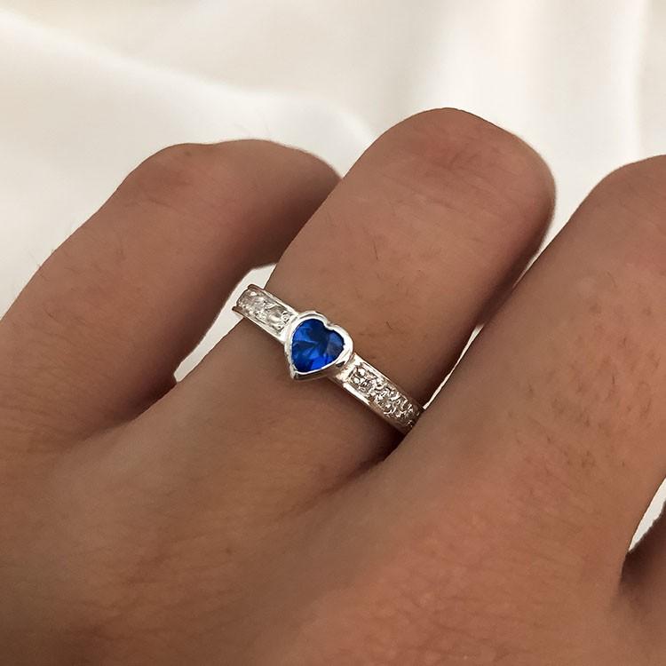 Anel  Sublime Coração em Prata 925 com Cristais Azul 4mm