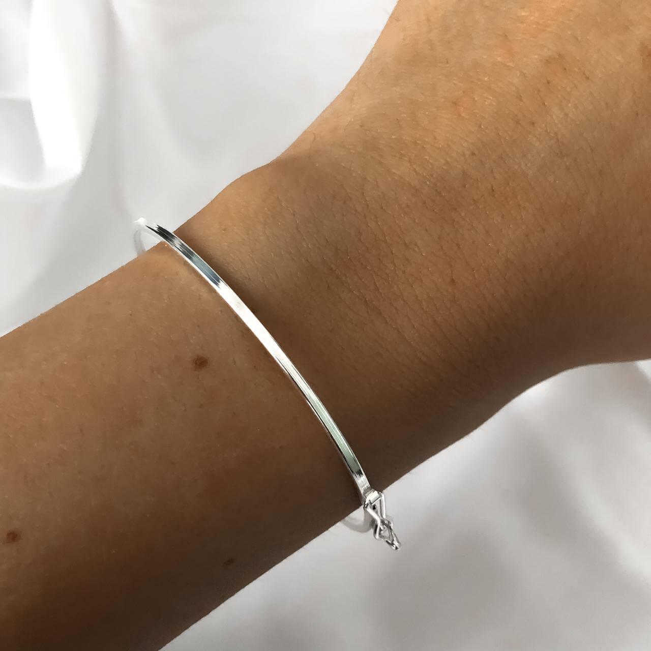 Bracelete em Prata 925 quadrada