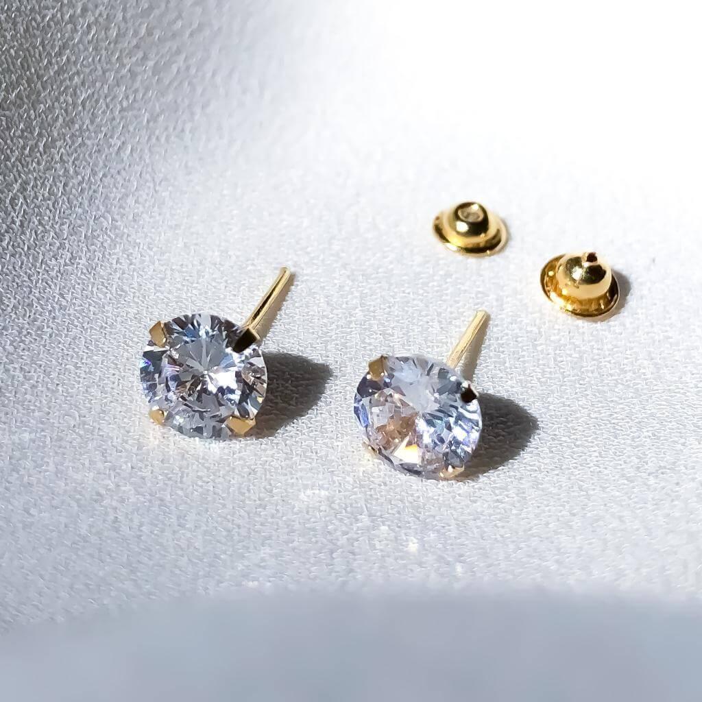 Brinco Cristal em Ouro 18k 5mm