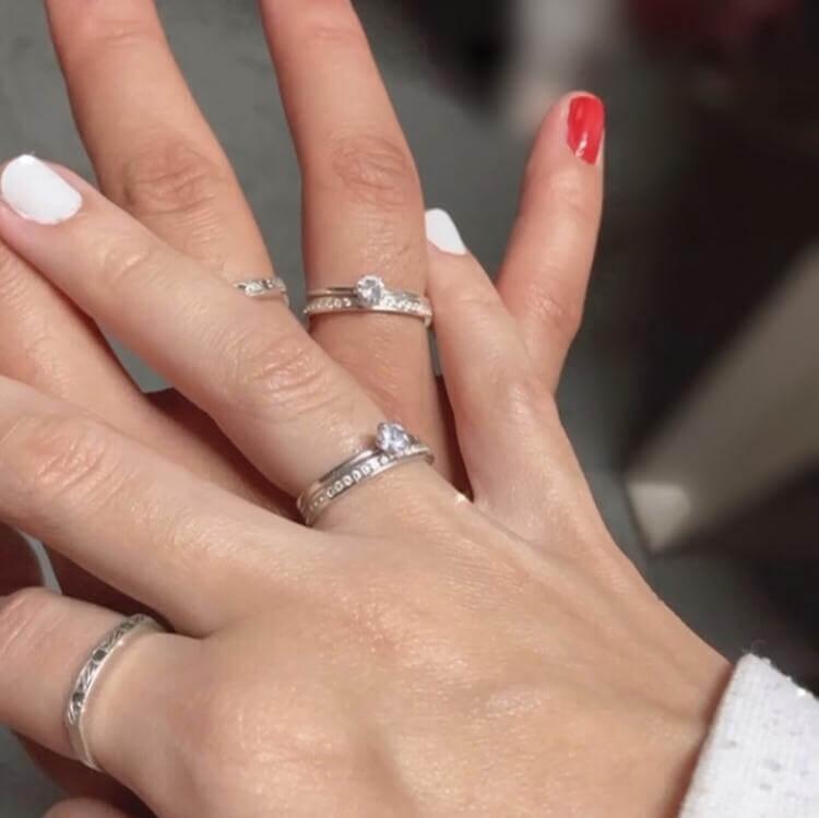 Combo Alianças Gênova em Prata Duas Femininas 2mm ❤️
