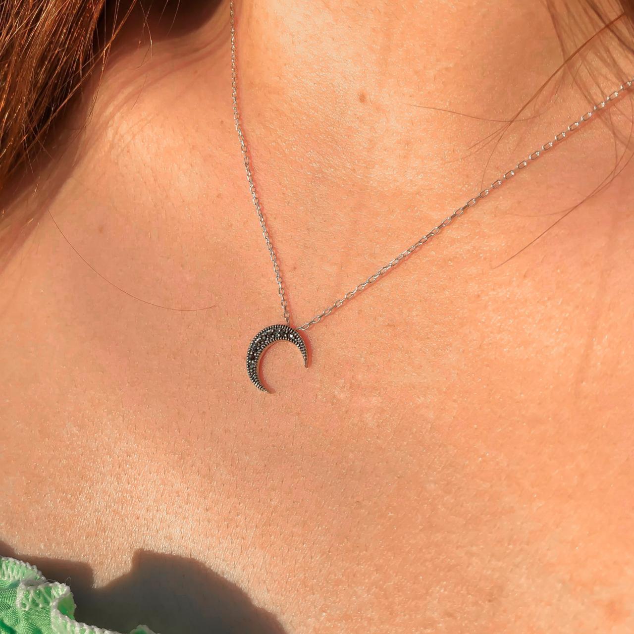 Gargantilha Lua em Prata 925 com Marcassita