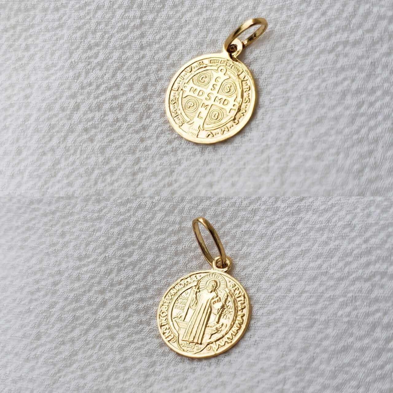 Pingente Medalha São Bento em Ouro 18K