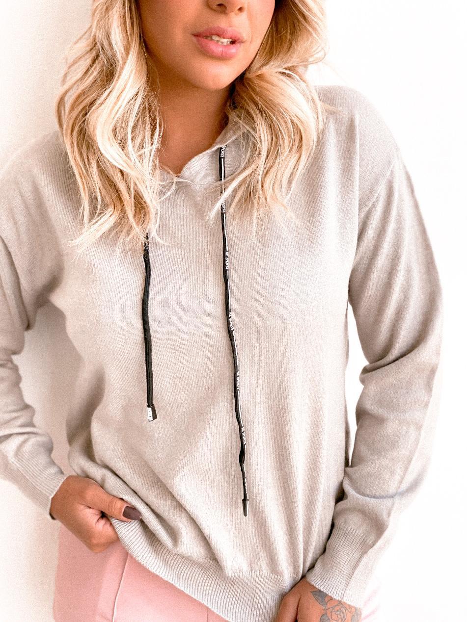 Blusa lã com capuz