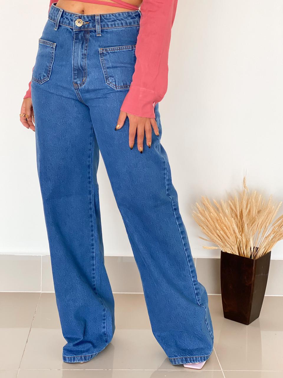 Calça Wide Leg bolso frontal