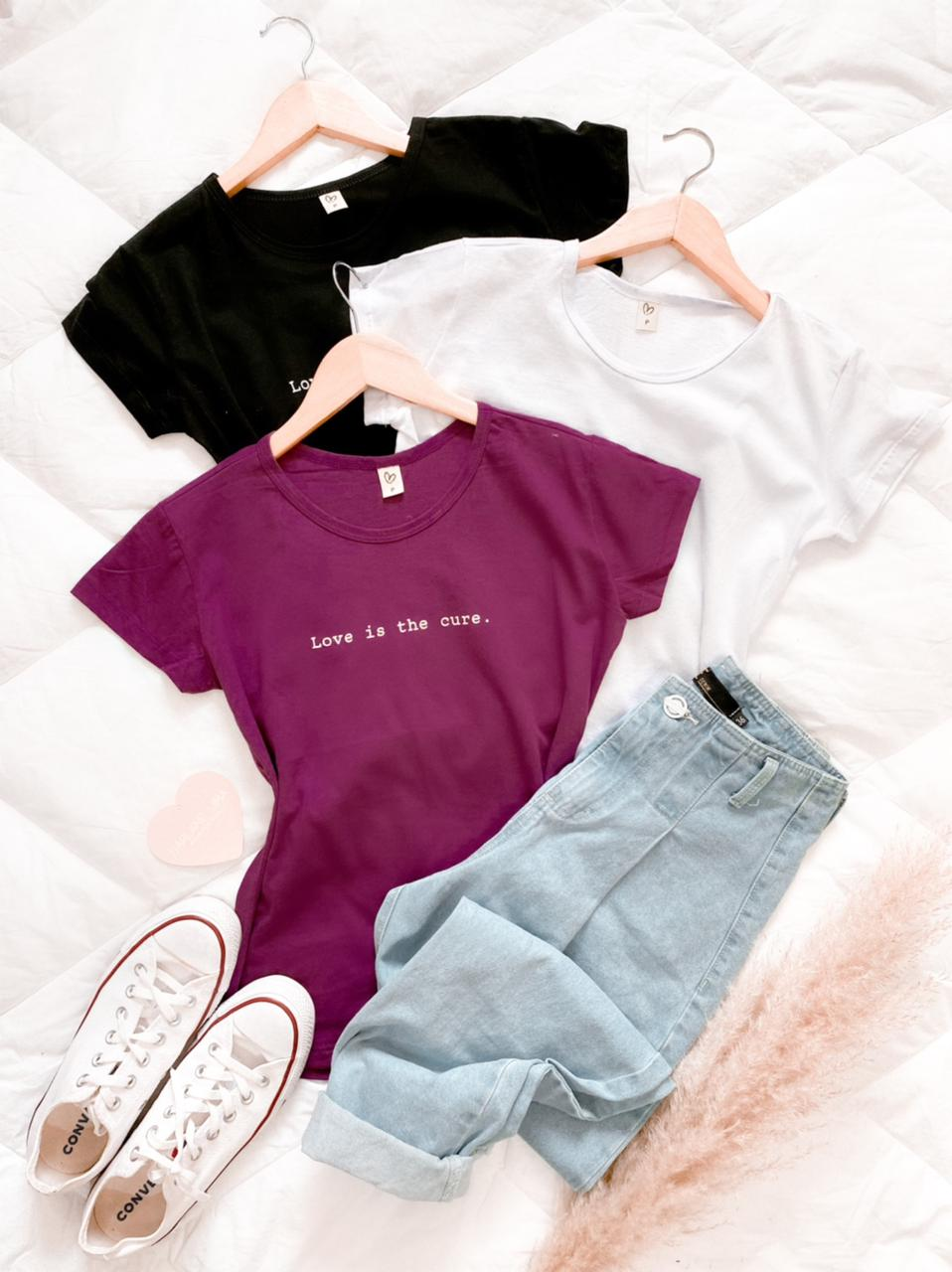 T-shirts Love is the cure