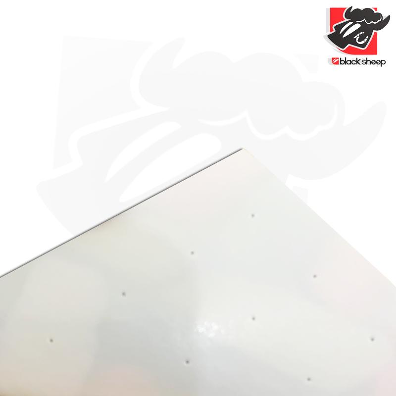 Shape Mini Logo Maple 8.25 + Lixa Emborrachada Real Black Sheep PREMIUM