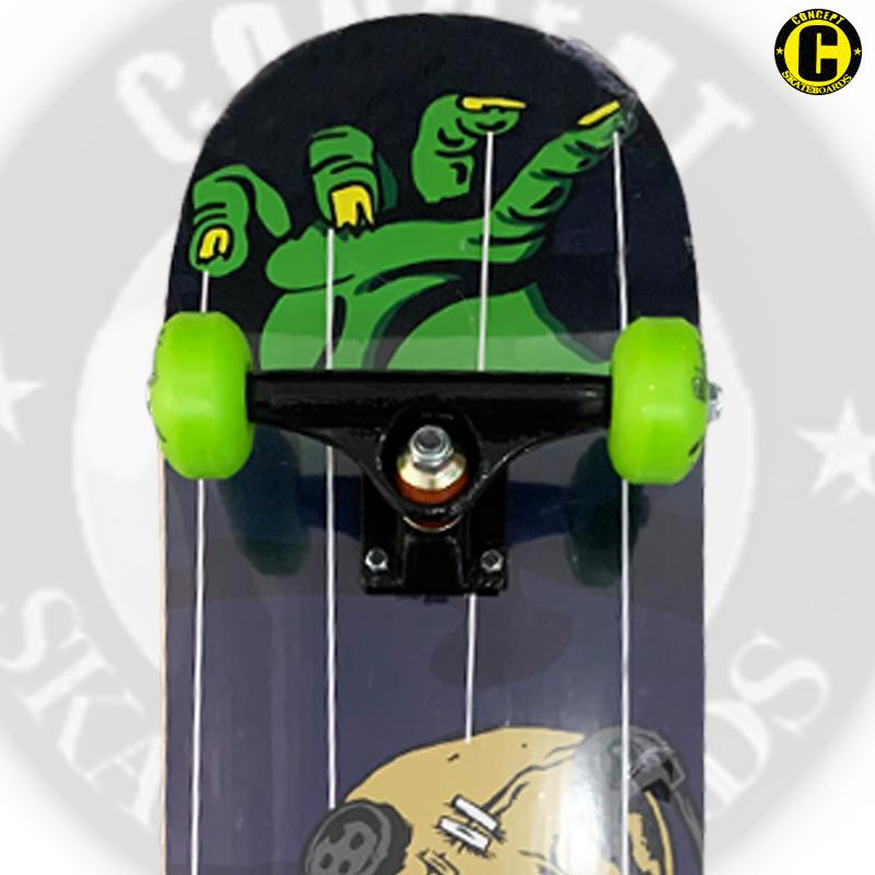 Skate Montado Concept iniciante Modelo: BONECO