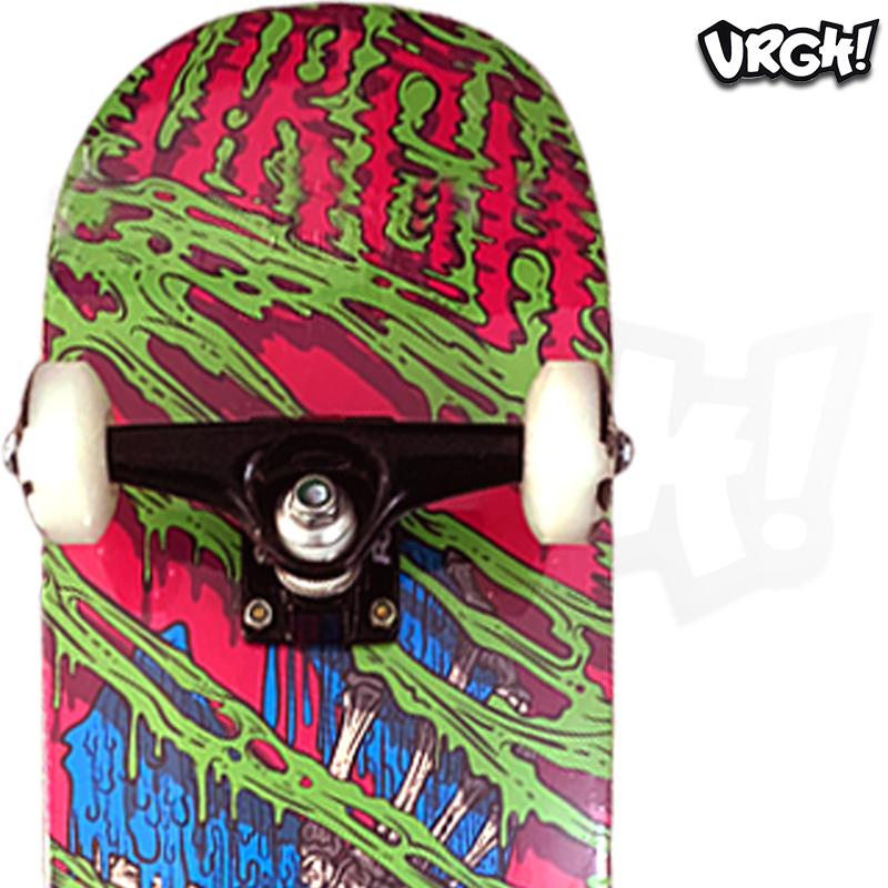 Skate Montado URGH iniciante Modelo: Toxic