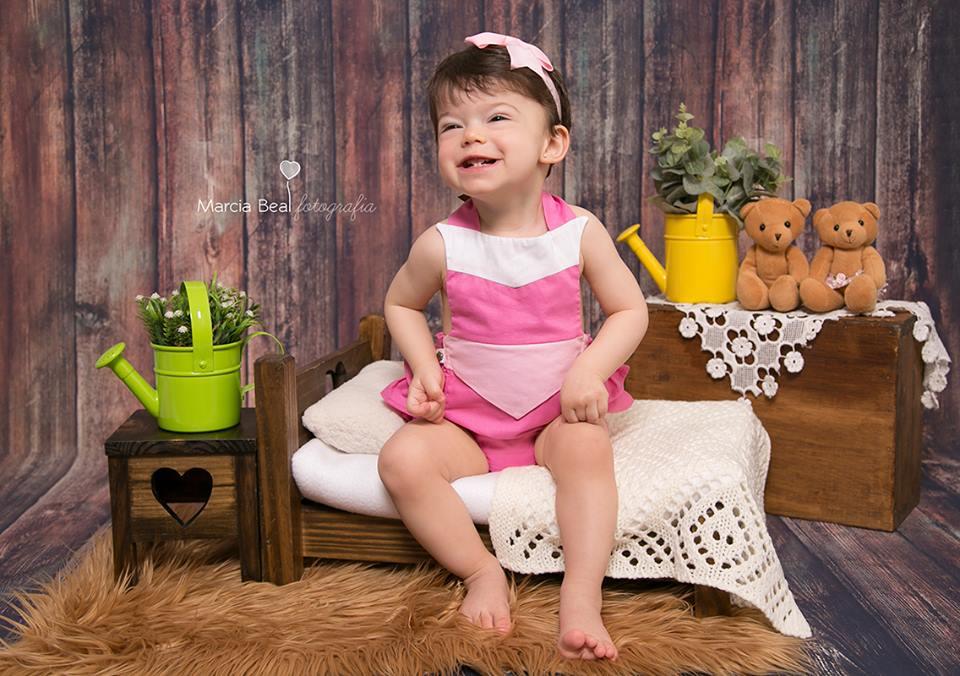 Cama Coração e criadinho - Estilo Demolição - Newborn e Acompanhamento
