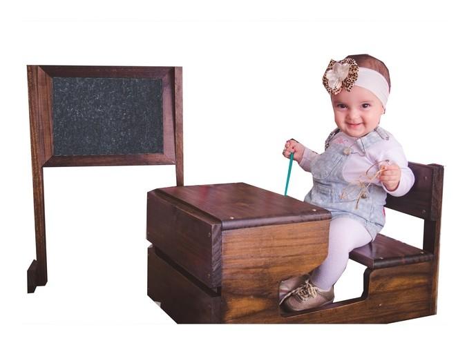 Carteira escolar Vintage e Quadro de giz
