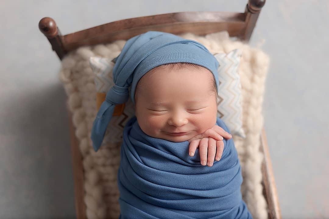 Mini Cama Envelhecida e Criadinho Newborn e Acompanhamento do Bebê