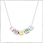 Colar de prata com miçangas de letras coloridas personalizável  - Prata 925