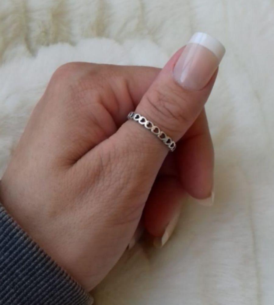 Anel Prata Envelhecida com Corações Vazados - Prata 925