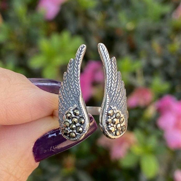 Anel asa de anjo com marcassitas - Prata 925