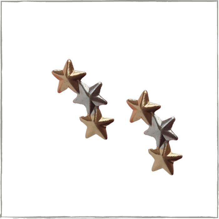 Brinco 3 estrelas - banho de ouro 18K