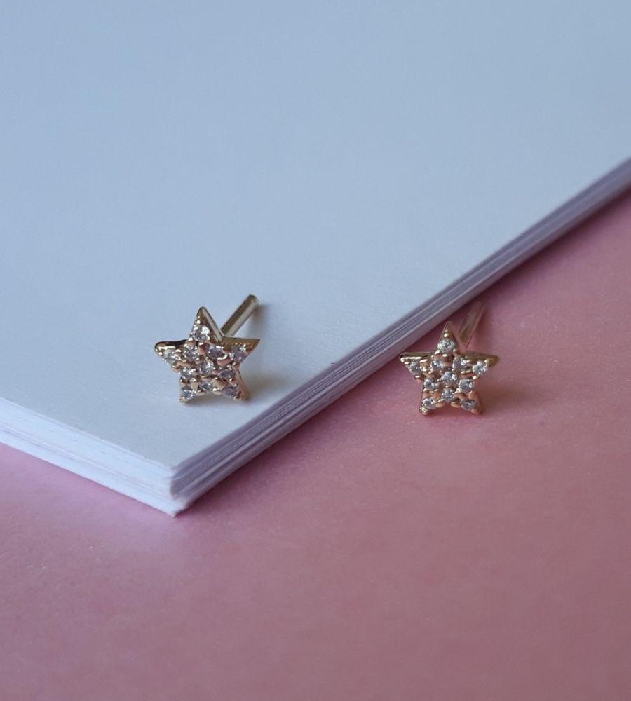 Brinco Estrela para 2º Furo com Micrizircônias - Banho de Ouro