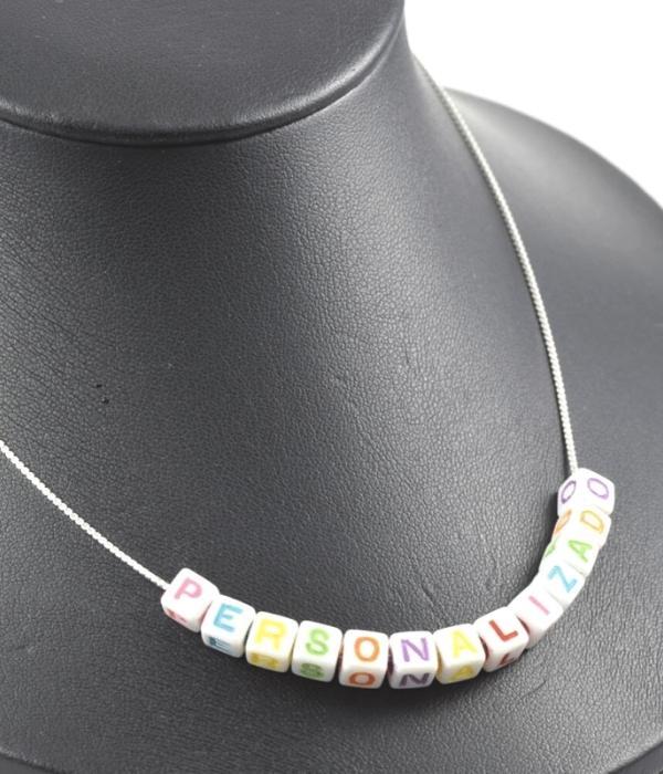 Colar de Prata com Miçangas de Letras Coloridas  - Prata 925