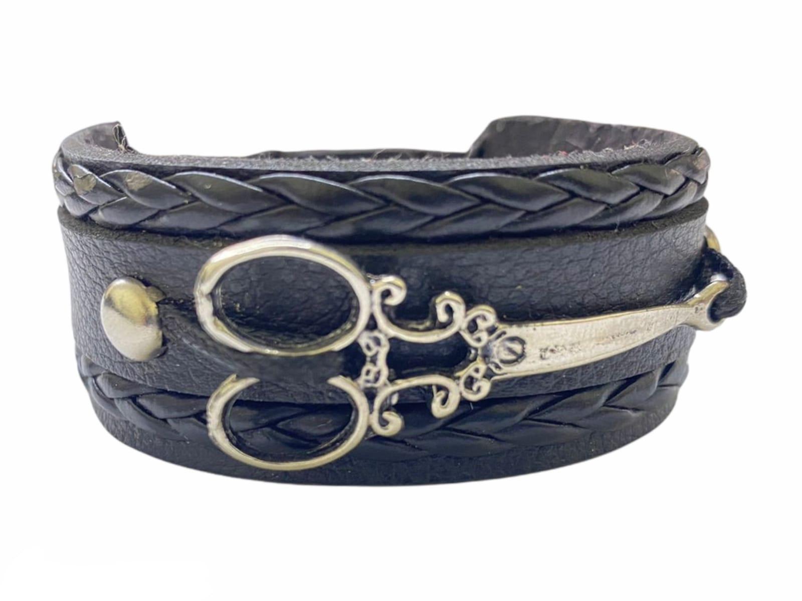 Braceletes de couro Preto Tesoura Grande