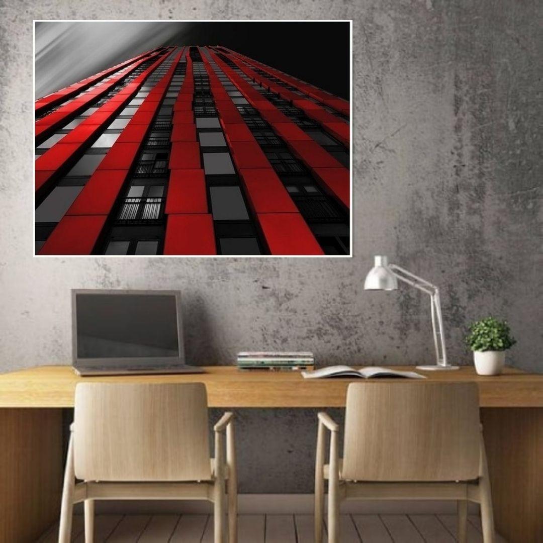 Quadro Decorativo - Edifício Avermelhado  - Com Moldura - 100x70cm
