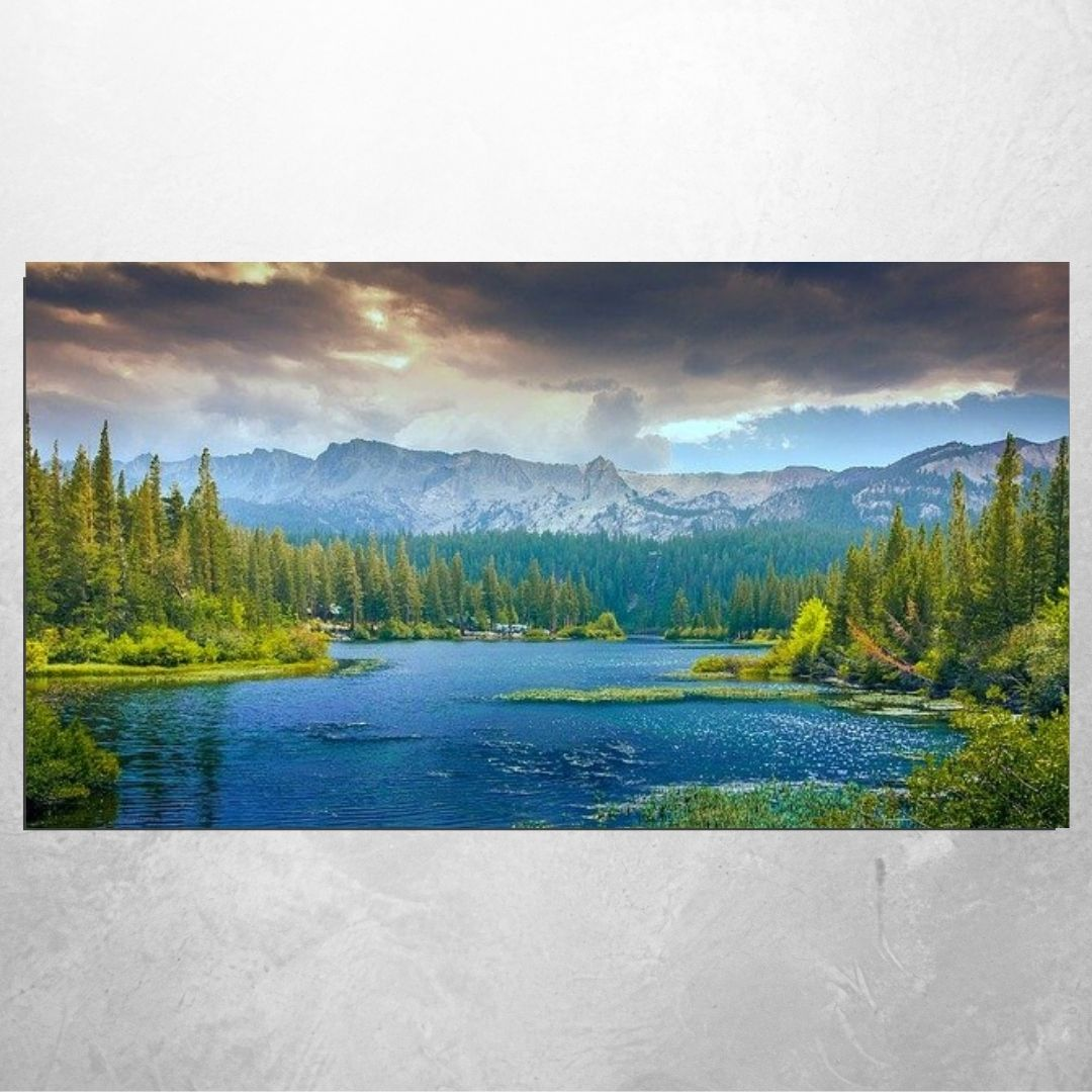 Quadro Decorativo - Paisagem - Lago e Montanhas -BELA ARTE QUADROS DECORATIVOS  Na Bela Arte Quadros Decorativos você encontra o quadro ideal para a sua casa ou seu ambiente de trabalho. Temos vários