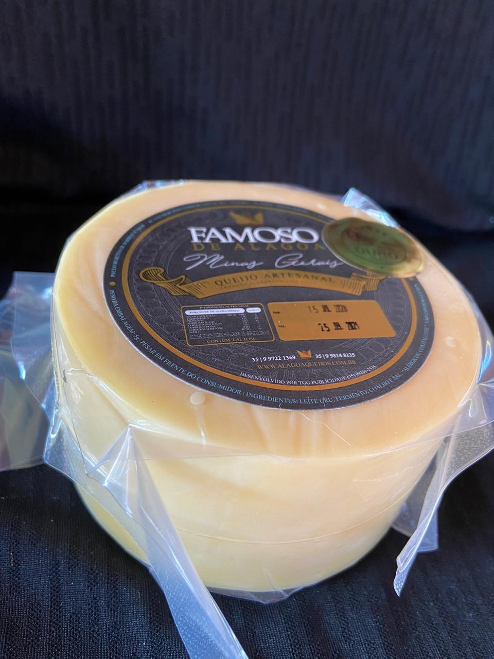 01 Queijo Famosinho Alagoa de 500 gramas