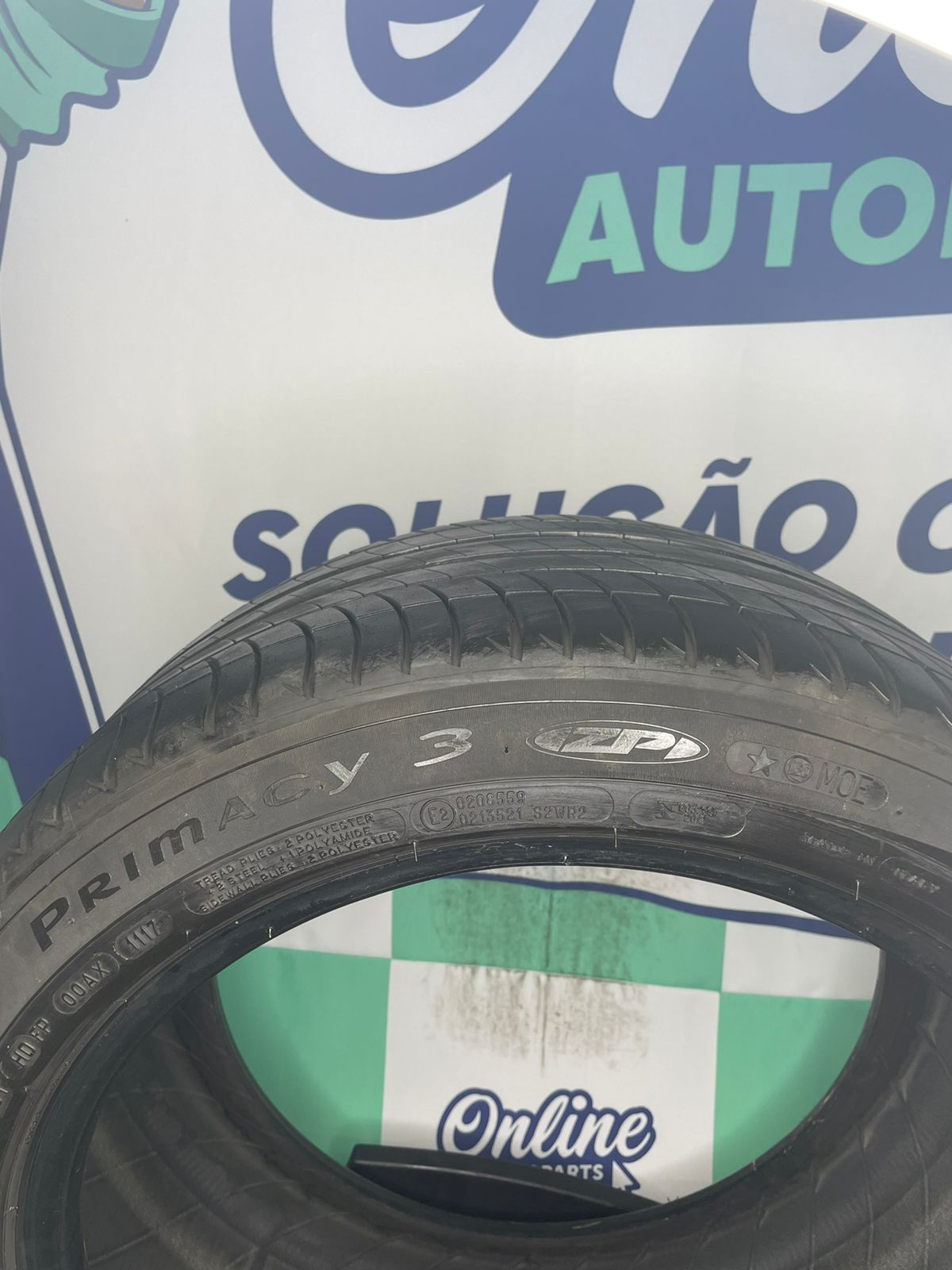 Par Pneu 275/40/18 Michelin Primaci 3 99Y