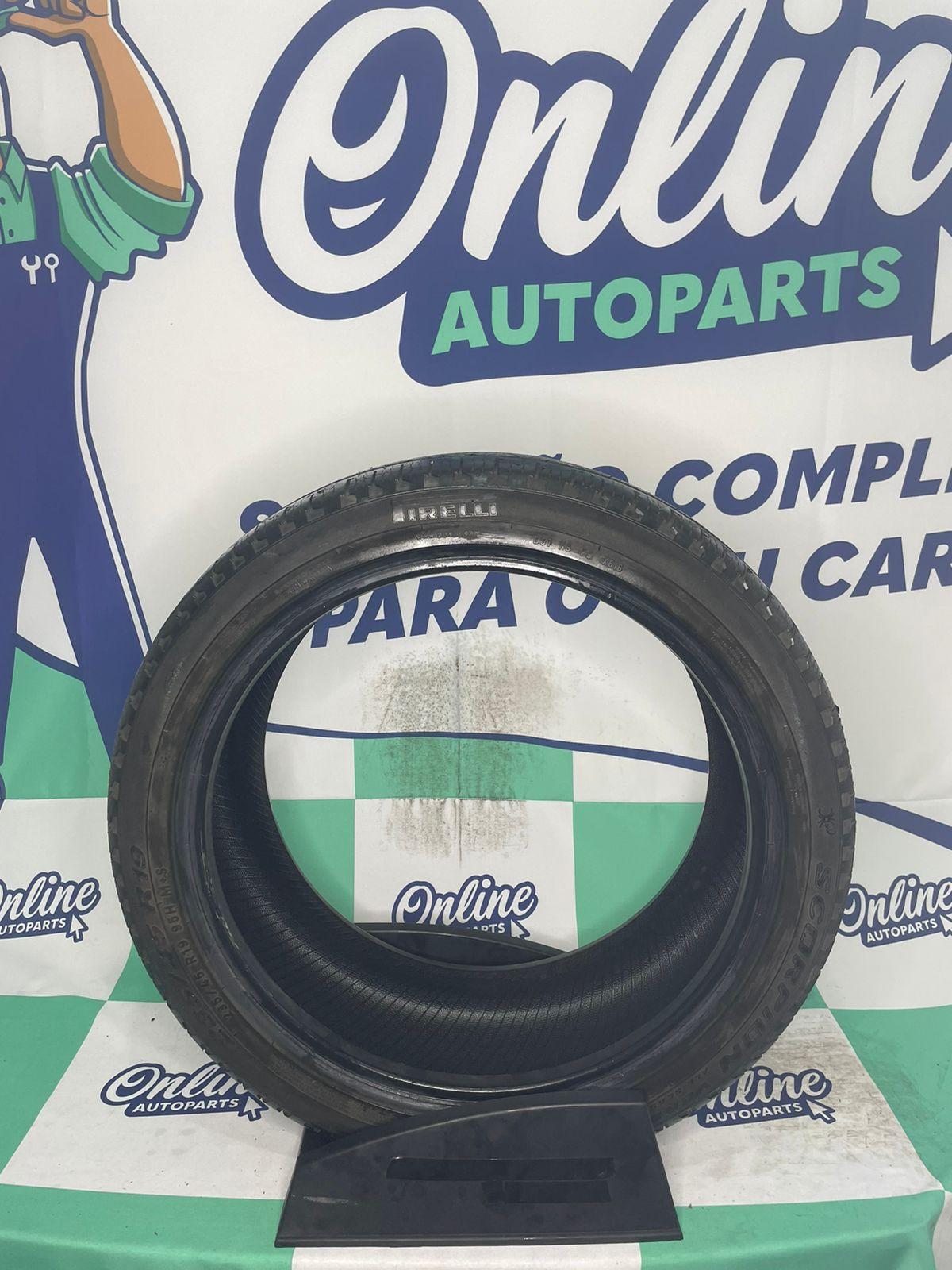 Pneu 235/45R19 Pirelli Scorpion Verde 95H