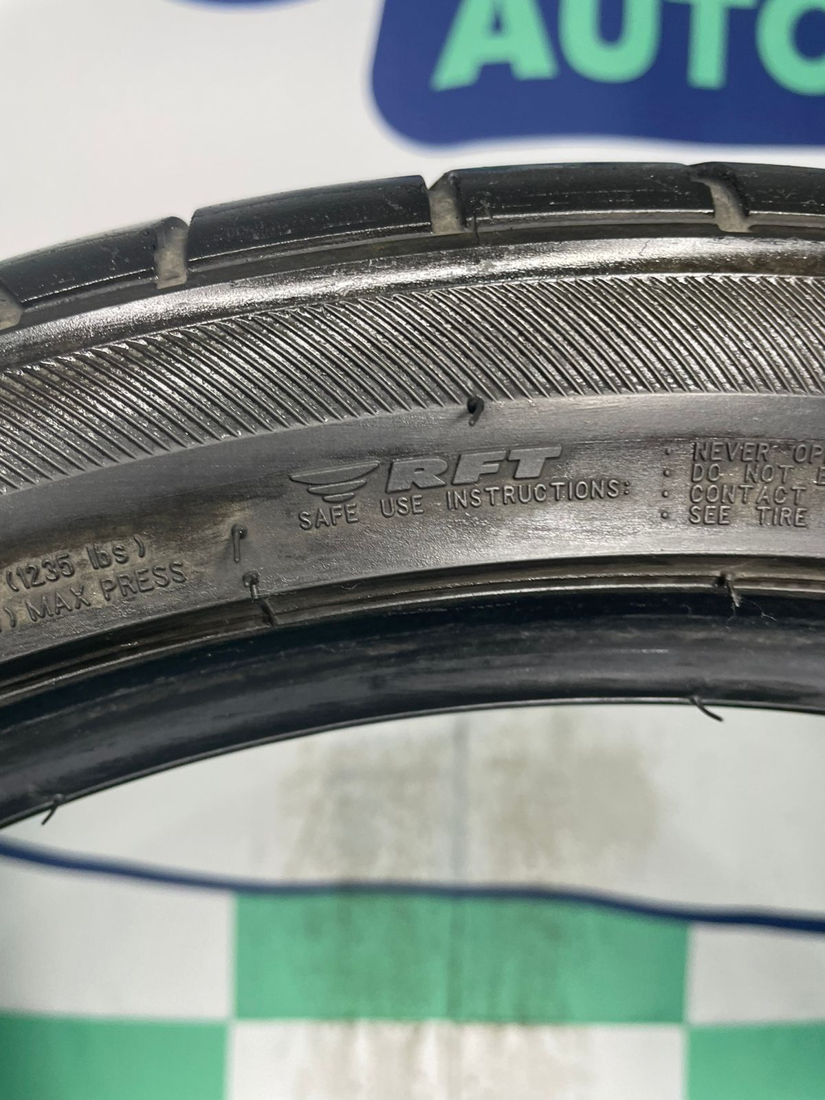 Pneu 245/35/18 Bridgestone Potenza S001 Run Flat 88Y