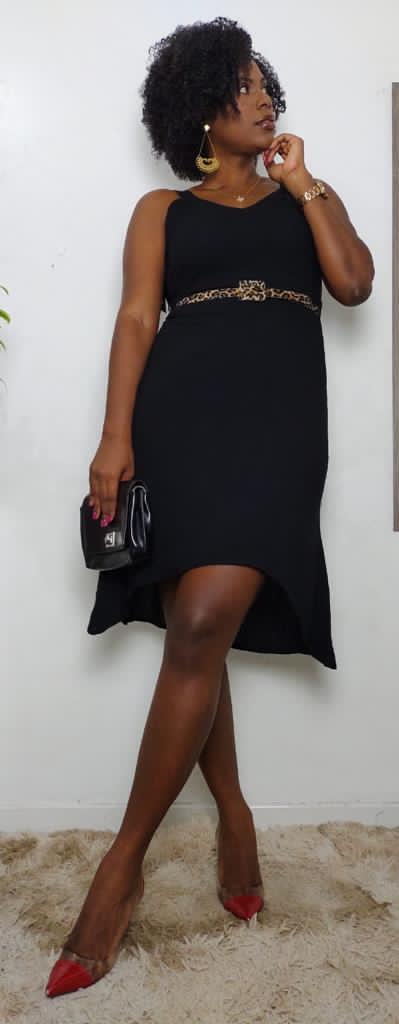 Vestido com faixa