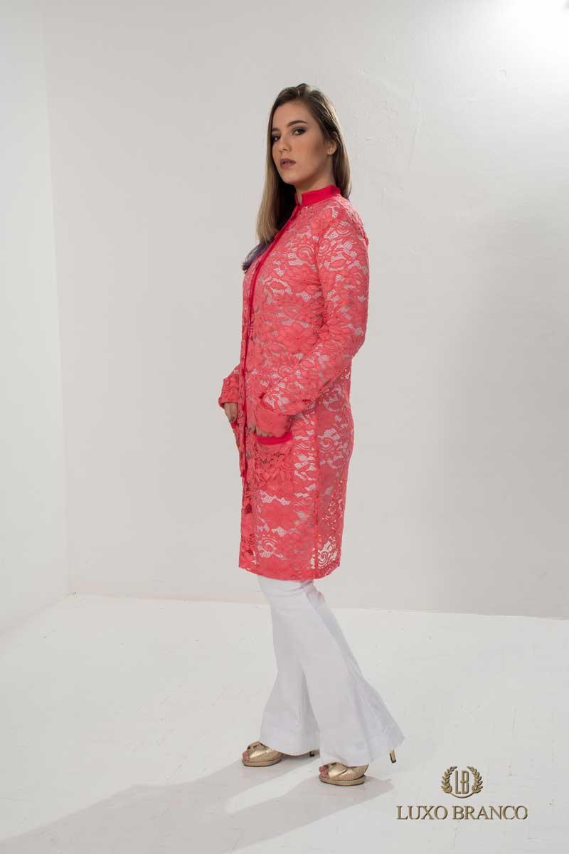 Jaleco Lazuli em Renda Suíça rose  - Luxo Branco - Jalecos Personalizado Feminino