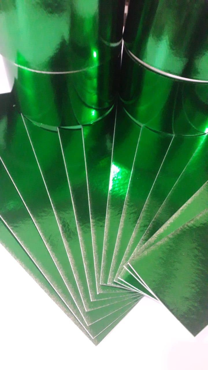 Papel Laminado Verde 250g - c/20 fls Tamanho - 21,0 x 29,7