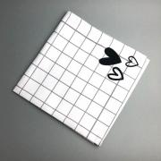 Guardanapo de tecido xadrez coração preto e branco. Cód. P&B04