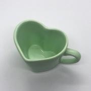 [OUTLET] Caneca formato coração de cerâmica 150ml design verde bebê - Cód. OUTEROC463 [OUTLET]