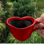 [OUTLET] Caneca formato coração de cerâmica 150ml design vermelha - Cód. OUTEROC448 [OUTLET]