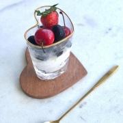[OUTLET] Copo vaso de vidro formato coração com borda dourada 200ml - Cód. OUTOC420 [OUTLET]