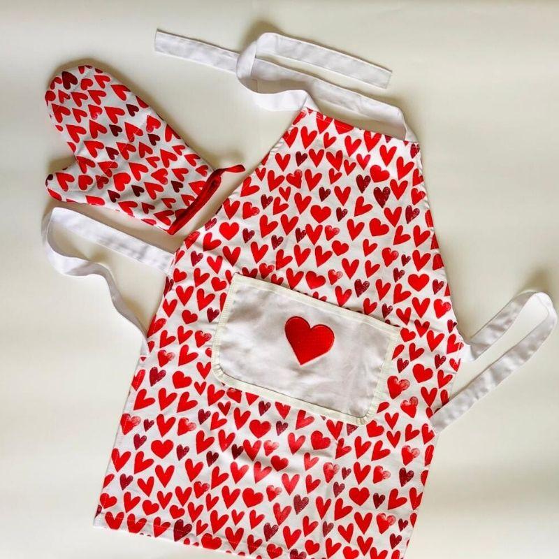 Avental de brim com bolso 100% algodão com bolso Explosão de Amor. Cód. OC460